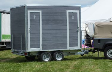 Boutique 100 themed luxury toilet trailer